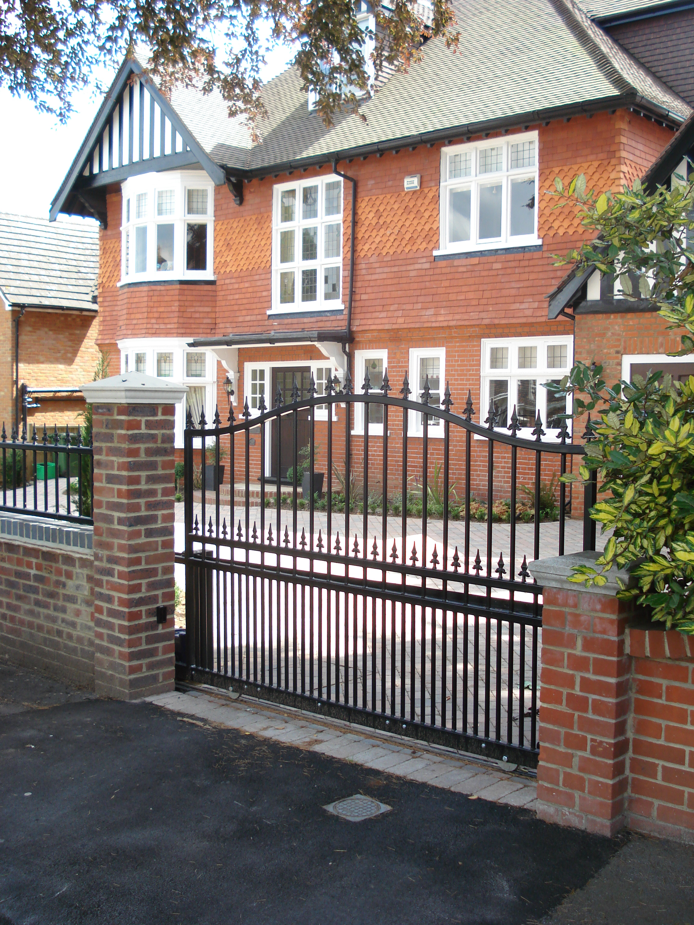 Front Garden - The elegant front gates (automatic)